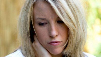 Mujer-triste_MUJIMA20100614_0071_31